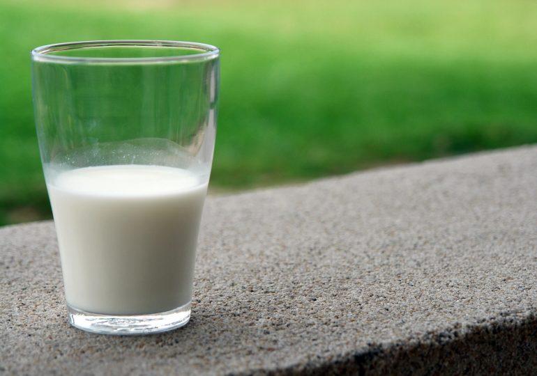 Husband drinking wifes milk