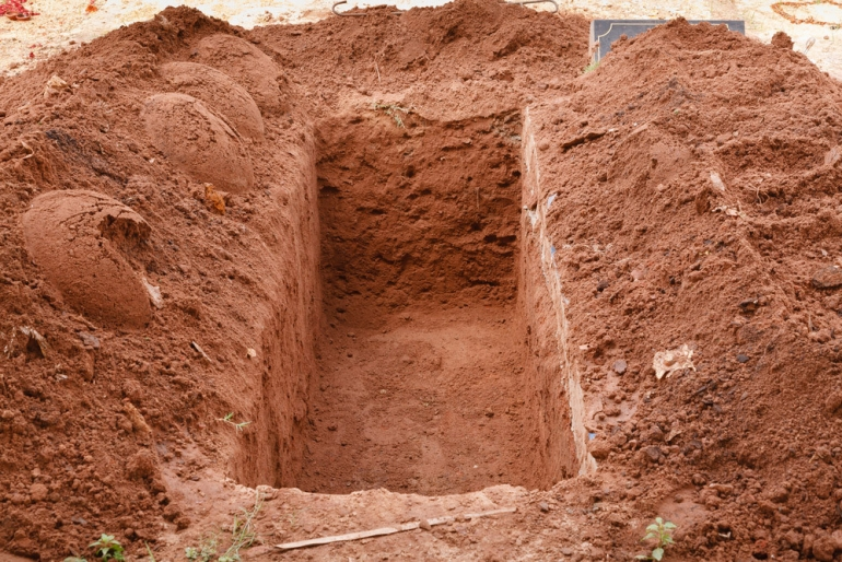 Can the husband bury the deceased wife