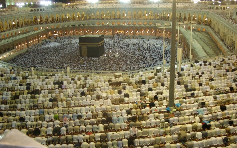 Person travels to Jeddah for work then wishes to do Umrah