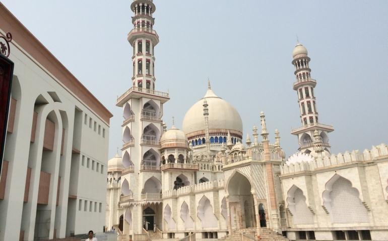 Combining prayers according to elders of Deoband
