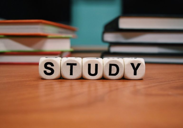 What should a Muslim student study? By Imam Ibn al-Sunni