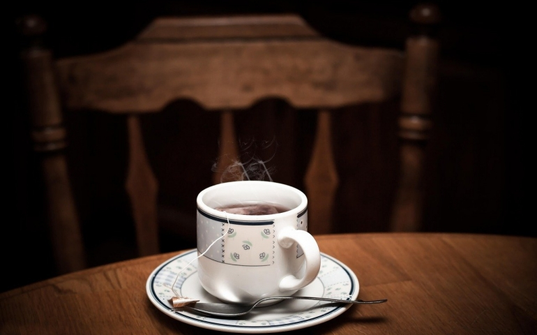Divorce case and cup of tea